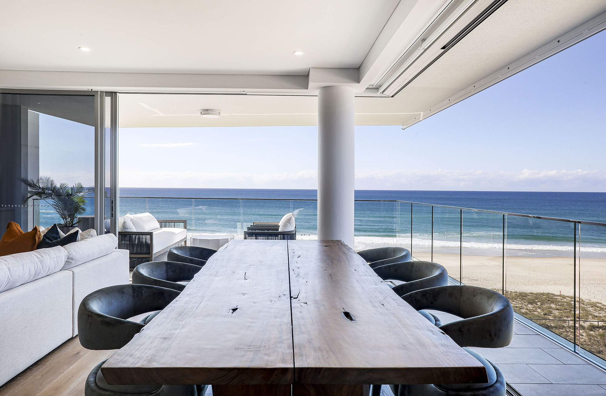 501Siarn012 Cru Collective Lodge Da For Ultra-Boutique Residential Collection On Kirra Beach